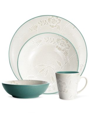 Noritake Dinnerware, Colorwave Turquoise Bloom 4 Piece Place Setting