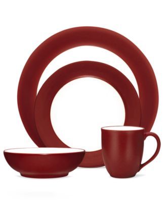 Noritake Dinnerware, Colorwave Raspberry Rim 4 Piece Place Setting