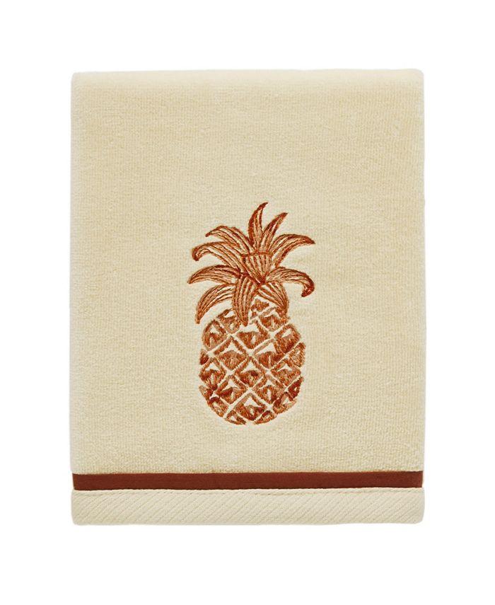 Tommy Bahama Home - Tommy Bahama Batik Pineapple Fingertip Towel