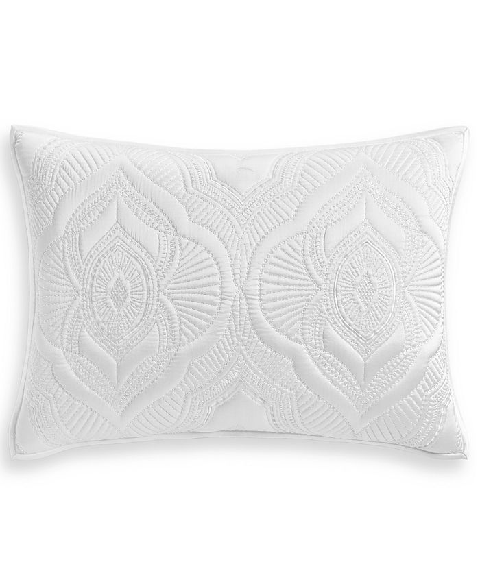 """Hotel Collection - Classic Medallion Quilted 20"""" x 28"""" Standard Sham"""