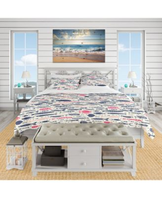Designart 'Cute Fishes With Doodles' Nautical and Coastal Duvet Cover Set - King