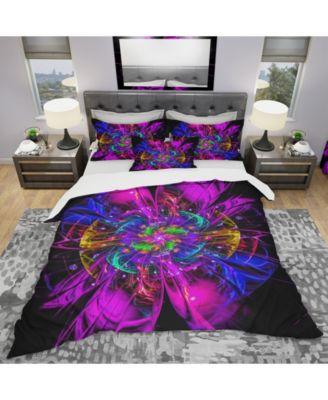 Designart 'Ideal Fractal Flower Digital Art In Purple' Modern and Contemporary Duvet Cover Set - King