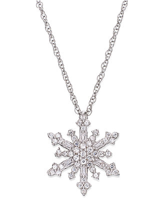 Diamond Snowflake Pendant Necklace in Sterling Silver (1/4