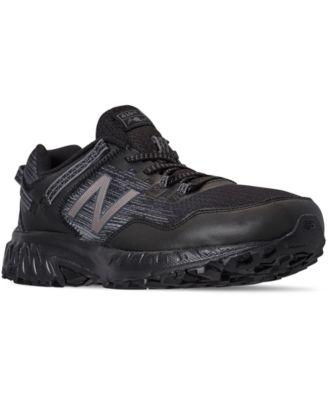 410 V6 Trail Running Sneakers