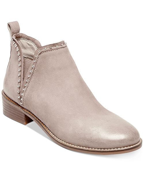 Inflar Legado Intestinos  Steve Madden Women's Koto Studded Ankle Leather Booties & Reviews - Boots -  Shoes - Macy's