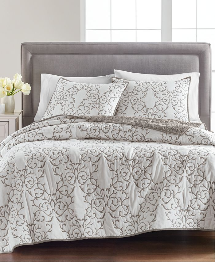 Martha Stewart Collection - Chateau Quilt and Sham Collection