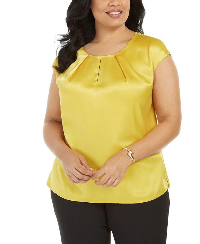 Kasper - Plus Size Keyhole Charmeuse Top