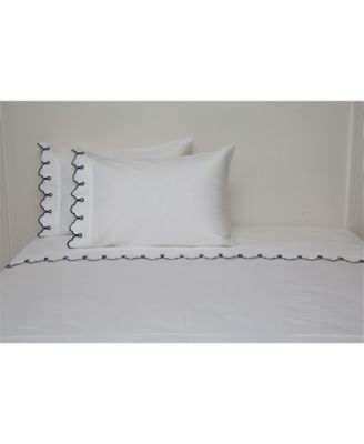 300 TC Scalloped Embroidered Sheet Set, Twin