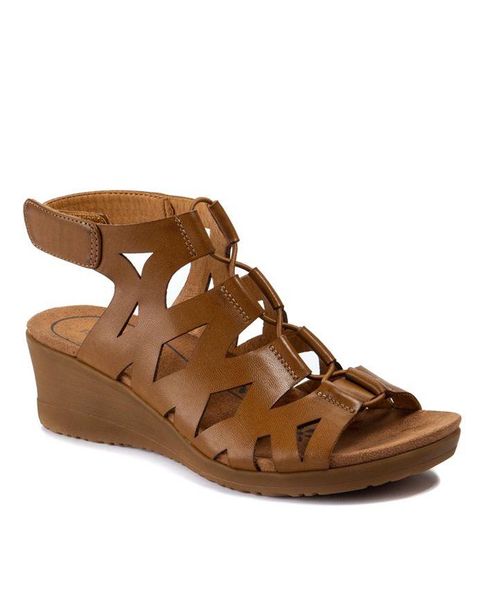 Baretraps - Tiney Wedge Sandals