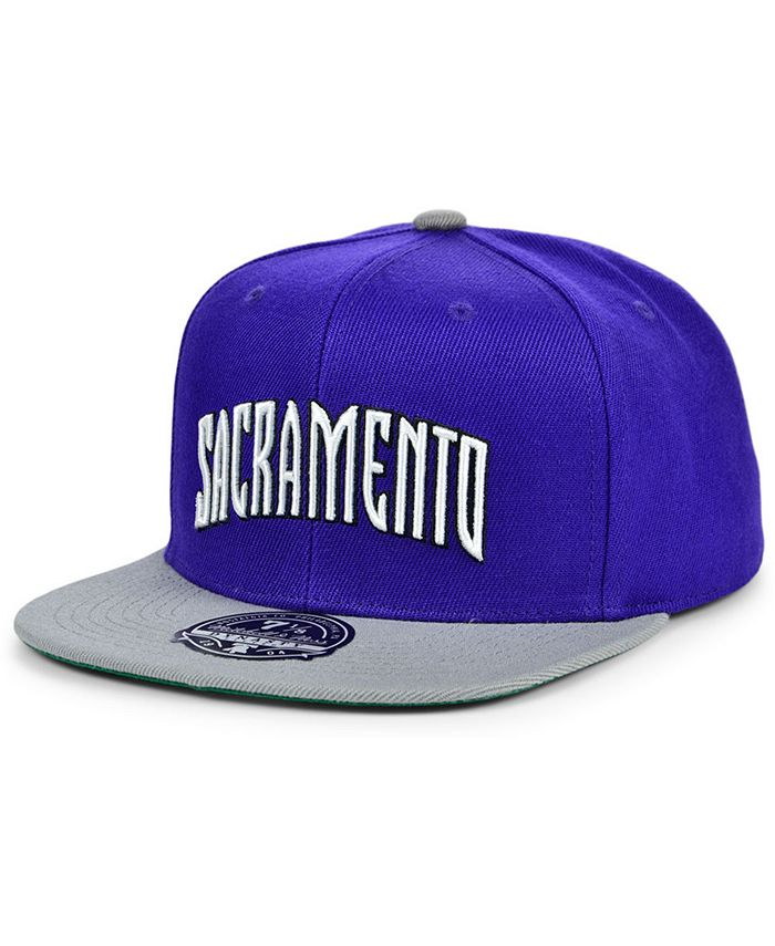 Mitchell & Ness - Sacramento Kings Wool 2 Tone Fitted Cap