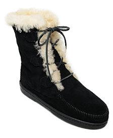 Minnetonka Women's Juniper Sheepskin Lace-Up Boots