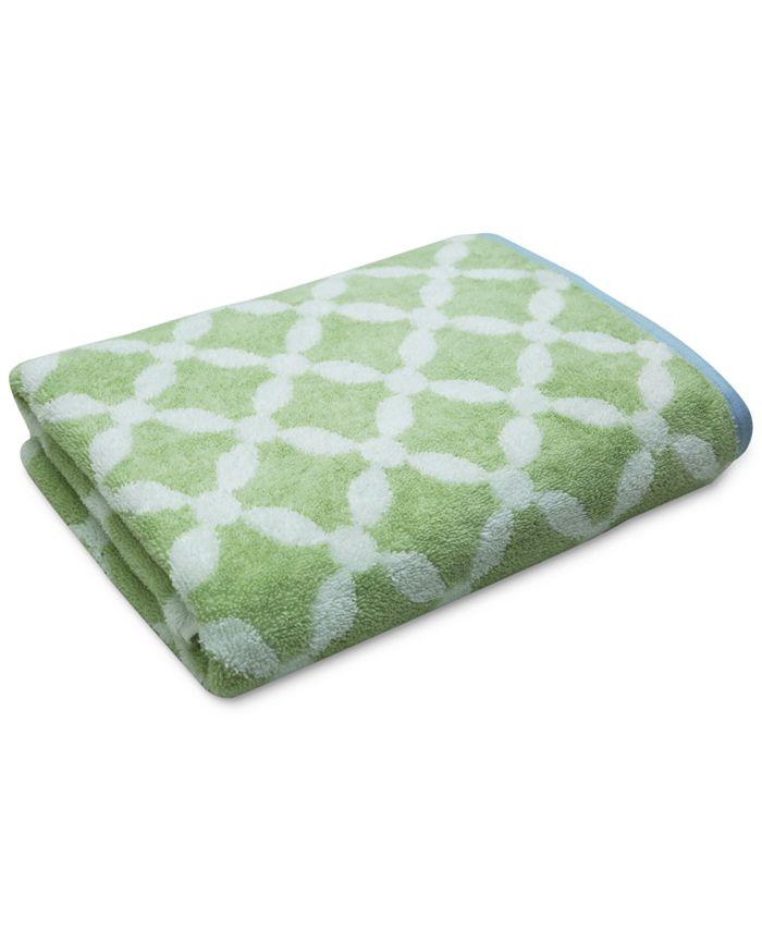 "Martha Stewart Collection - Dot Lattice 30"" x 54"" Bath Towel"
