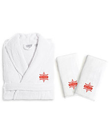 Linum Home Textiles Embroidered Luxury Hand Towels and Terry Bathrobe Set - Merry Christmas