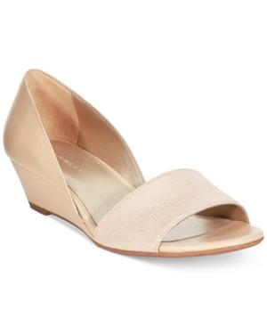 Bandolino Gerritsen Wedge Flats Women's Shoes