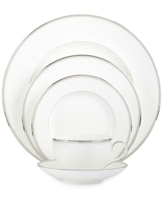 Monique Lhuillier Waterford Dinnerware, Dentelle 5 Piece Place Setting