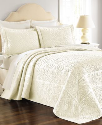 Martha Stewart Collection Flowering Trellis Queen Ivory Bedspread