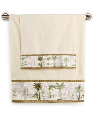 Colony Palm Fingertip Towel