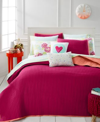Whim by Martha Stewart Collection Turnabout Lipstick Pink King Quilt, Only at Macy's
