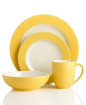 Noritake Dinnerware, Colorwave Mustard Rim 4 Piece Place Setting