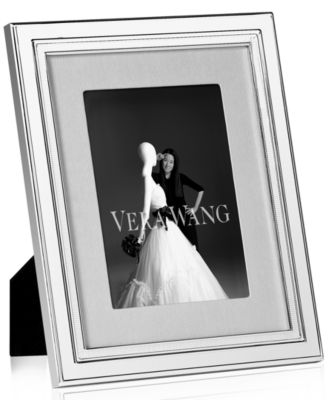 "Vera Wang Wedgwood Picture Frame, Chime 8"" x 10"""