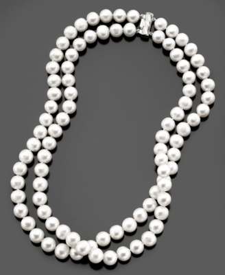 Pearl Necklace, Cultured Freshwater Pearl Strand (9-1/2 to 10-1/2 mm)