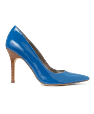Marc Fisher Shoes, Kat Pumps Women's Shoes