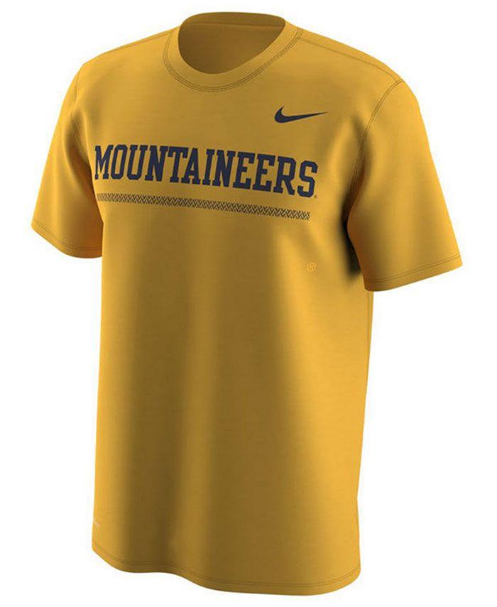 Nike - Men's Fresh Trainer Hook T-Shirt