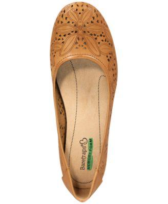 Baretraps Mariah Comfort Flat Shoe