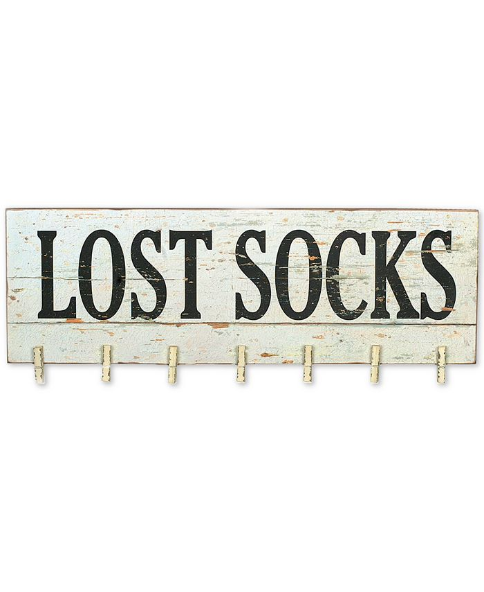 3R Studio - ''Lost Socks'' Wall Décor with Clothespins