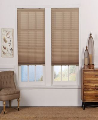 Cordless Light Filtering Pleated Shade, 28x72