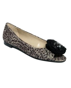 Ellen Tracy Shoes, Falan Flats Women's Shoes