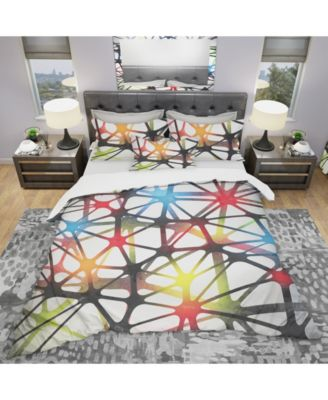 Designart 'Triangular Abstract Black And White Lined 3D Illustration' Modern and Contemporary Duvet Cover Set - King