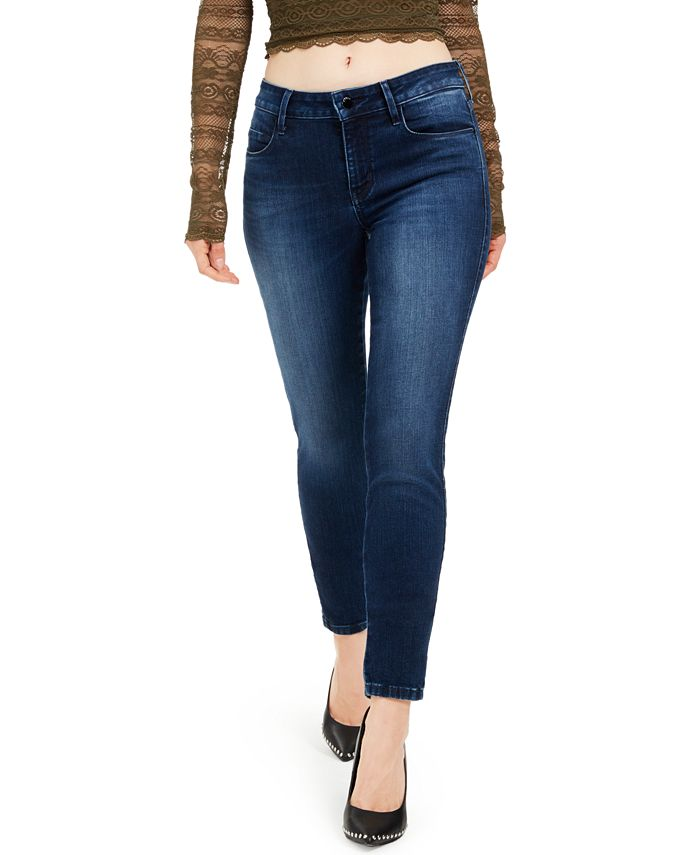 GUESS - Mid-Rise Curvy Jeans