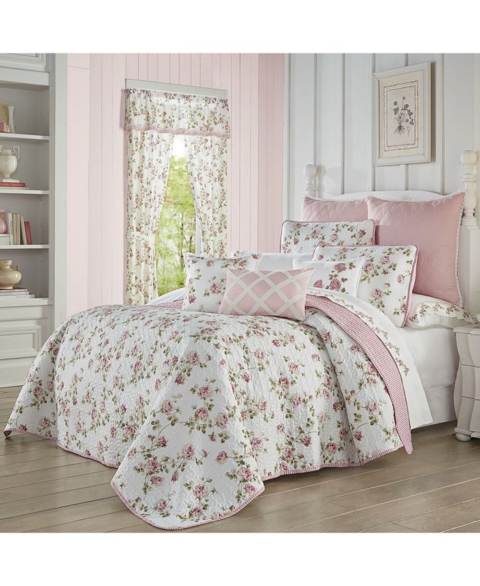 Royal Court - Rosemary Rose Full/Queen 3pc. Quilt Set