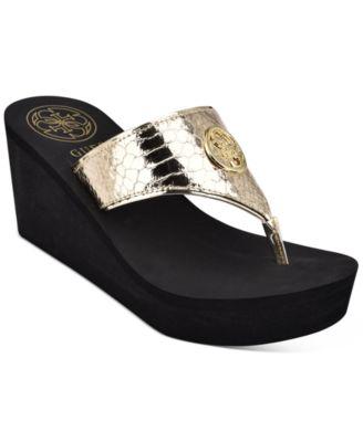GUESS Women's Solene Thong Sandals