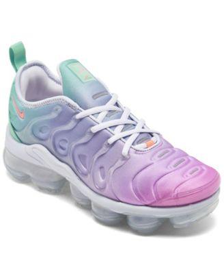 vapormax plus women's sneaker