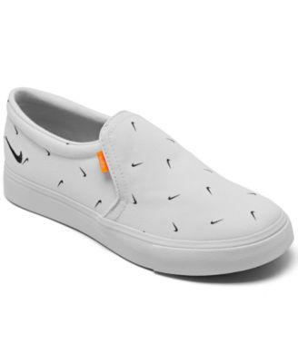 Court Royale AC Slip-On Casual Sneakers