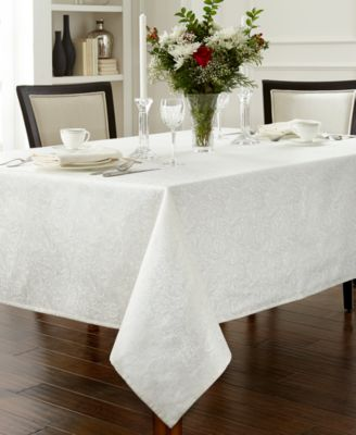 "Waterford Chelsea 90"" Round Tablecloth"