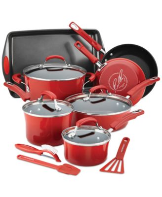 Rachael Ray brings her take on cooking to QVC with a unique collection of bright & bold cookware and bakeware. Her 30 Minute Meals show, best-selling cookbooks, award-winning magazine, and Emmy® award-winning daytime talk show have all helped make her a household name. Check out our selection of.