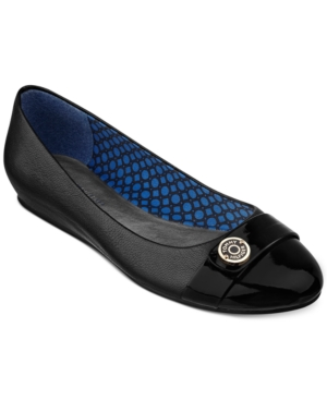 Tommy Hilfiger Landry Flats Womens Shoes