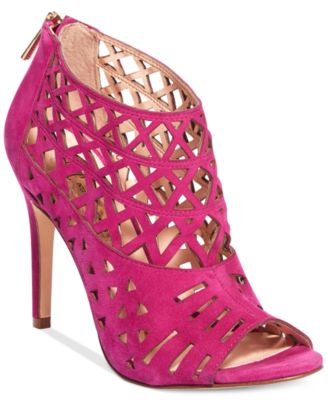 Hot Pink Sandals: Buy Hot Pink Sandals at Macy's