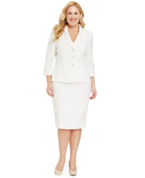 La Suit Plus Size Three-Button Skirt Suit
