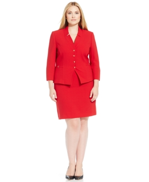 Tahari Asl Plus Size Four-Button Crepe Skirt Suit