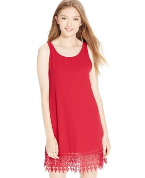 Speechless Juniors' Crochet-Hem Shift Dress