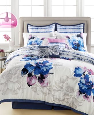 CLOSEOUT! Water Field 8-Piece Queen Comforter Set