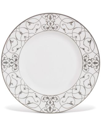 "Vera Wang Wedgwood ""Imperial Scroll"" Accent Plate, 9"