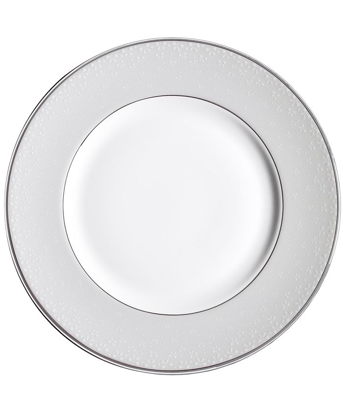"Monique Lhuillier Waterford - ""Pointe d'esprit"" Bows Accent Plate, 9"""