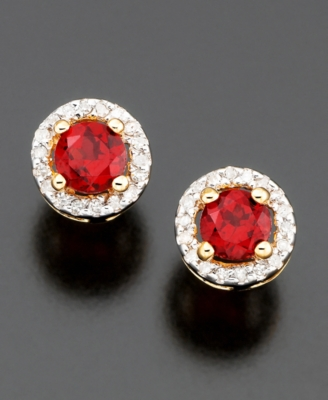 14k Gold Garnet (5/8 ct. t.w.) & Diamond (1/10 ct. t.w.) Stud Earrings