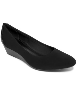 Circa Joan & David Shoes, Yavin Wedge Pumps Women's Shoes