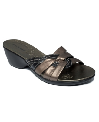 Hush Puppies Shoes, Sunup Sandals Women's Shoes
